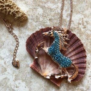 [NWOT] Betsey Johnson Blue Bronco Necklace